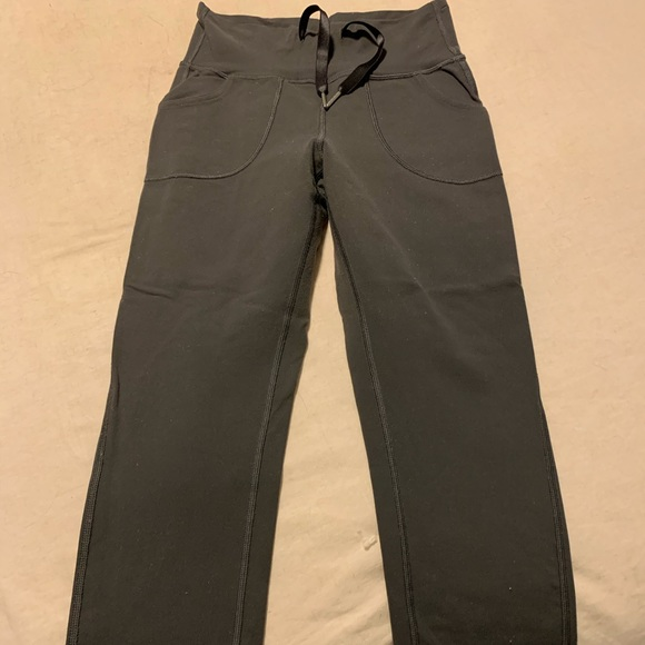 lululemon athletica Pants - Lululemon Slim Crop